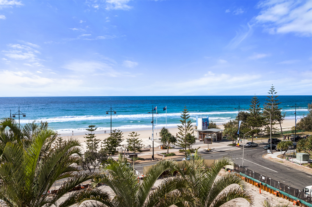 007_Open2view_ID422363-402_7-9_Trickett_St___Surfers_International_Apartments___Surfers_Paradise