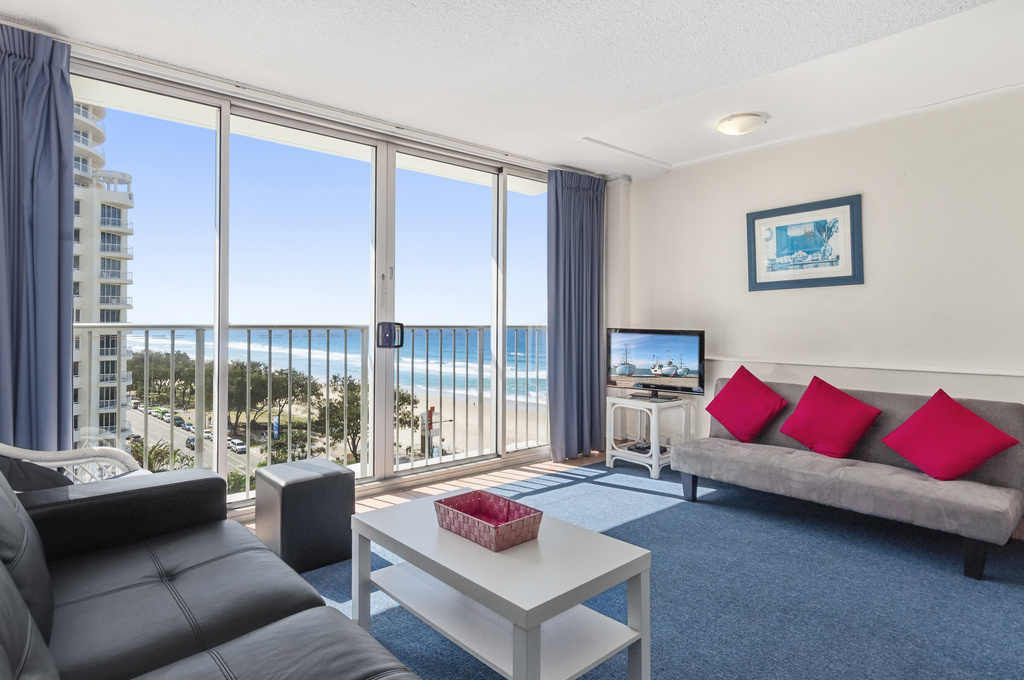 002_Open2view_ID424152-704_52_The_Esplanade__Chateau___Surfers_Paradise